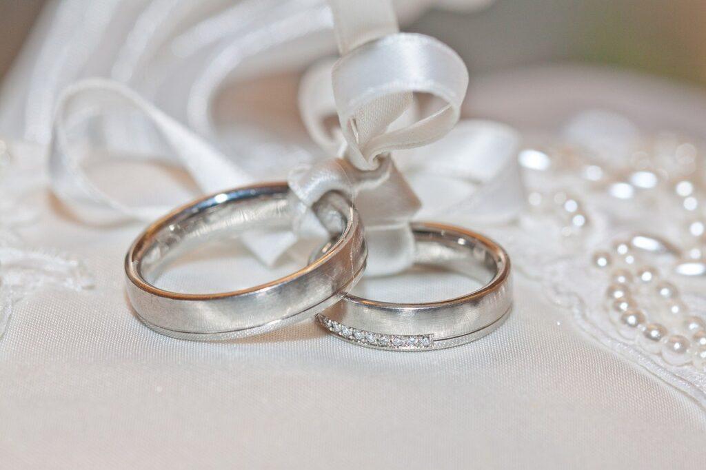 rito del calore degli anelli ring warming