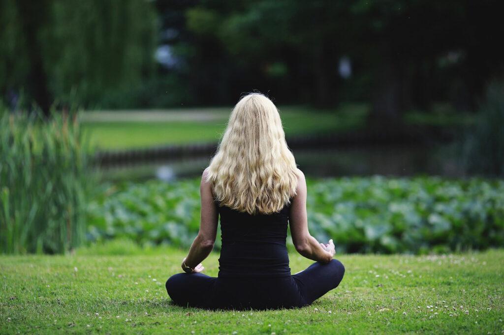 consapevolezza nella meditazione